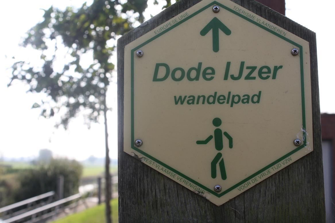 940 wandelen in de westhoek